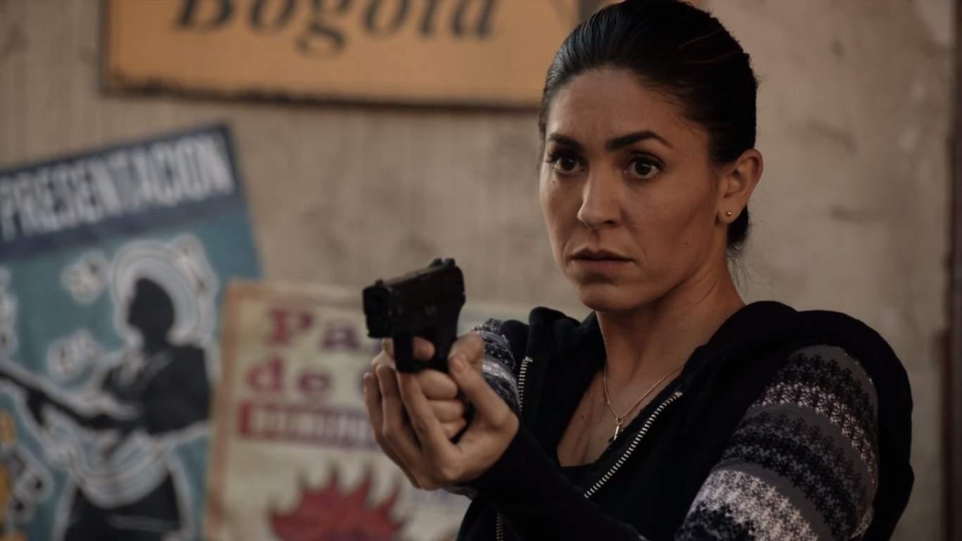 El debut de Natalia Cordova-Buckley como Elena