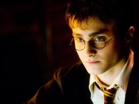 J.K. Rowling lleva a los fanáticos detrás de las escenas de Harry Potter y el niño maldito