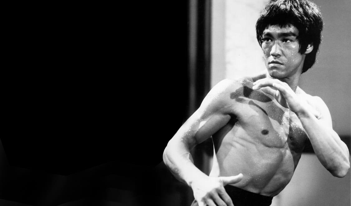 La verdadera razón Bruce Lee regresó a los Estados Unidos a los 18 años