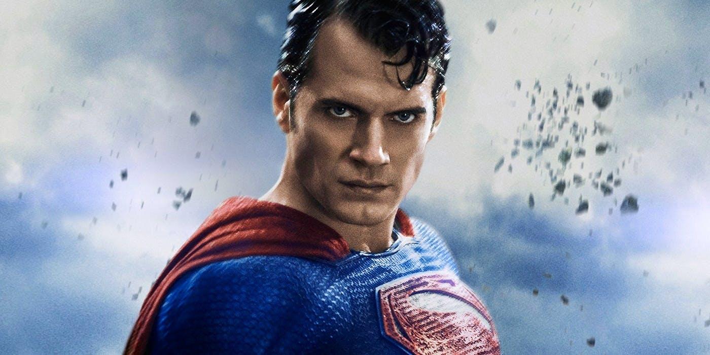 Lee mas     Películas Según los informes, el BM ahora considera traer a Henry Cavill de regreso como Superman 8 de mayo de 2020